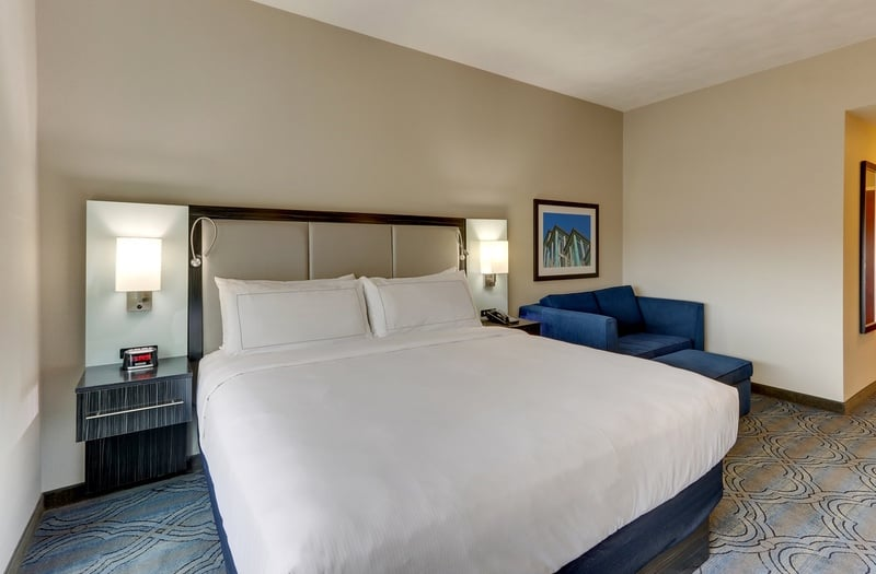 Hilton approved hotel photography for doubletree stl forest park NKRQJ 03